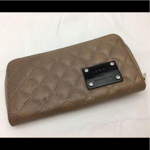 Gwen Stefani L.A.M.B quilted zippered wallet